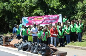 World Mission Society Church of God, wmscog, Washington D.C., Capitol Hill, cleanup, volunteers, volunteerism, litter, garbage, father's day, Kenilworth Park